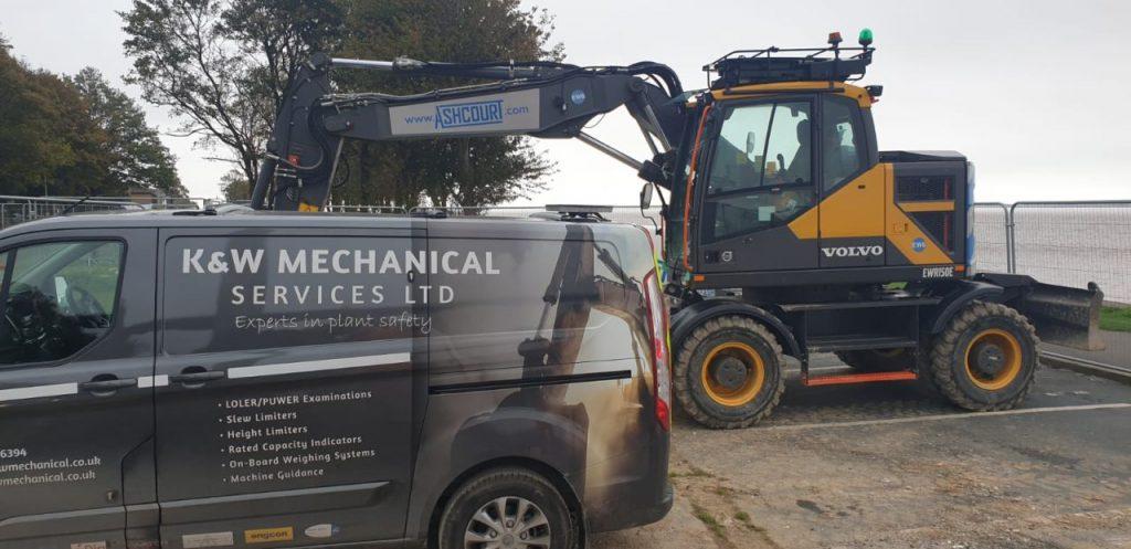 Volvo excavator with XWATCH safety system