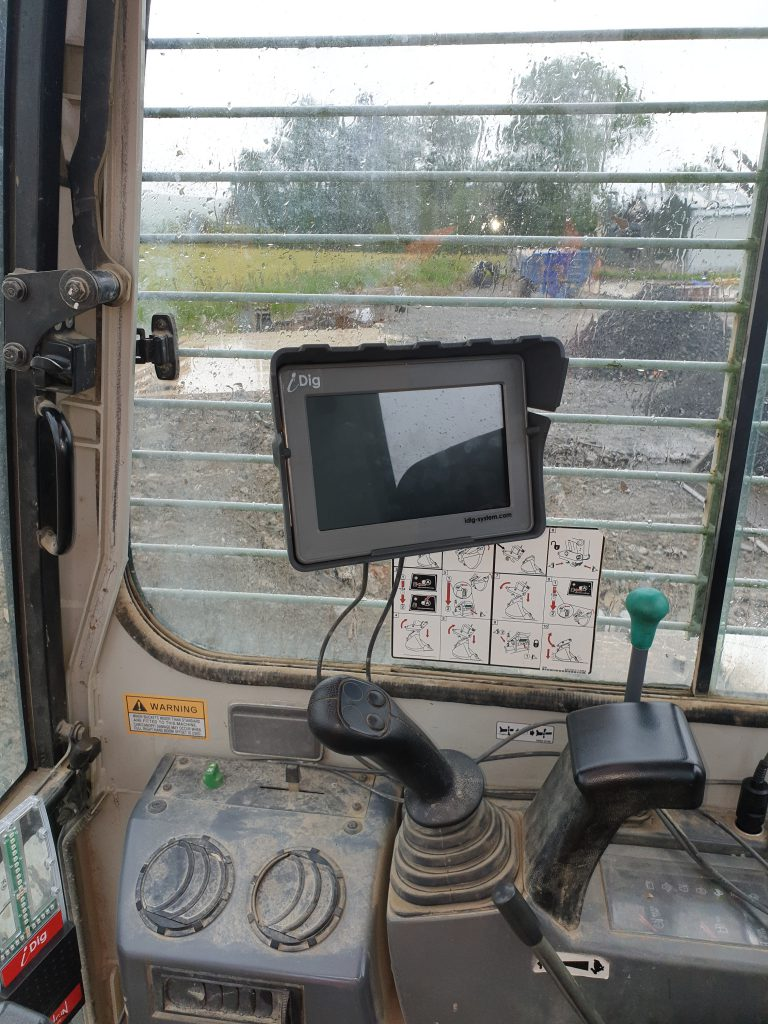 iDig excavator display in cabin